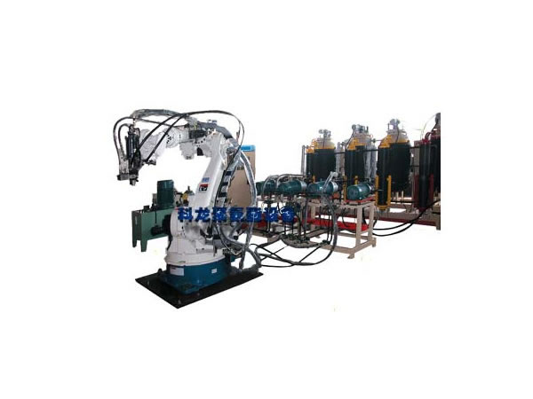 The four component of high pressure foaming machine